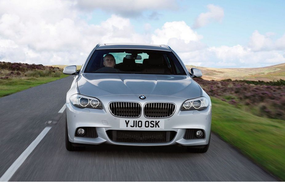 bmw 535d touring m sport 1 photo and 9 specs. Black Bedroom Furniture Sets. Home Design Ideas
